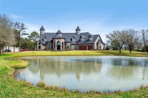 20202 Bauer Hockley Road Listing Photo