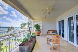 D 4.3 Ocean Club Residences & Marina Listing Photo
