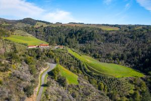 990 Cavedale Road Listing Photo
