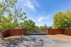 3873 Sequoia Drive Listing Photo