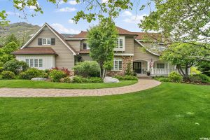 13506 OAKRIDGE Listing Photo