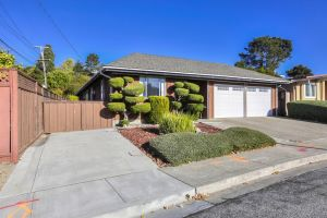 994 Evergreen WAY Listing Photo